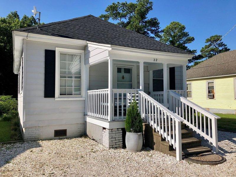 Charming 2 bedroom cottage in Onancock on Virginia's Eastern Shore, vacation rental in Belle Haven