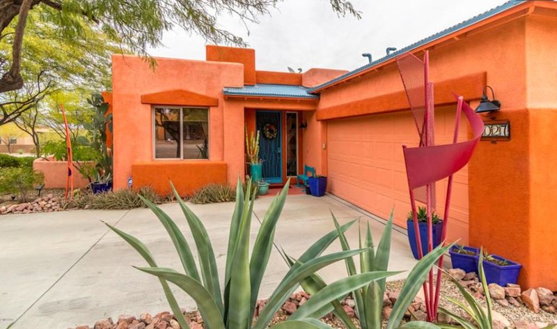 BEAUTIFUL AND COMFY! Mountain View/Pool Near Saguaro National Park, vacation rental in Tucson