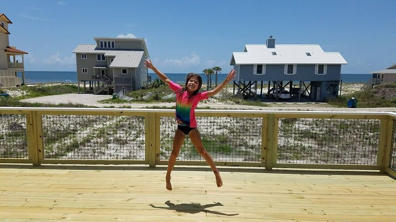 Renovated 2017! Amazing Ocean Views, 100yds to Beach, Pets OK, Screen Porch, holiday rental in Eastpoint