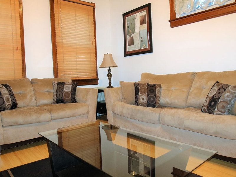 Spacious 1br Apartment in Raritan- Fully Furnished!, aluguéis de temporada em Piscataway