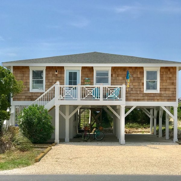 Newly Renovated  Ocean Front Cottage with Private Pool!, vacation rental in Ocean Isle Beach