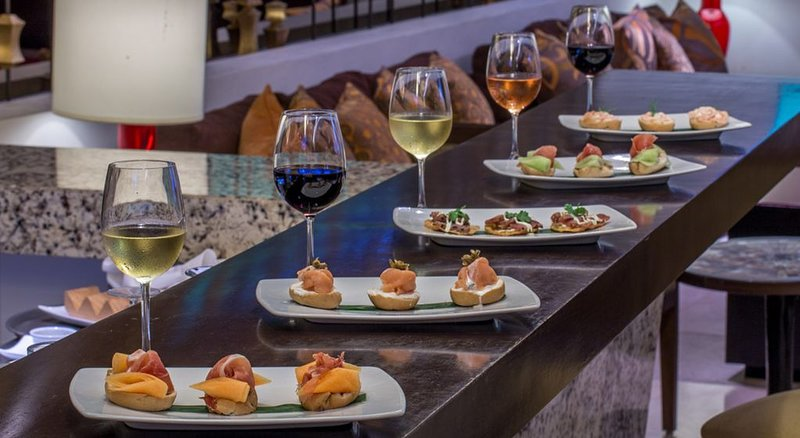 Ocean View (Guaranteed) Platinum PLUS Privileges at Marival Distinct Residences, vacation rental in Nuevo Vallarta