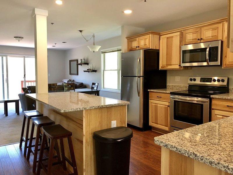 Updated Mountain View Townhouse (Seasonal Available), aluguéis de temporada em Conway