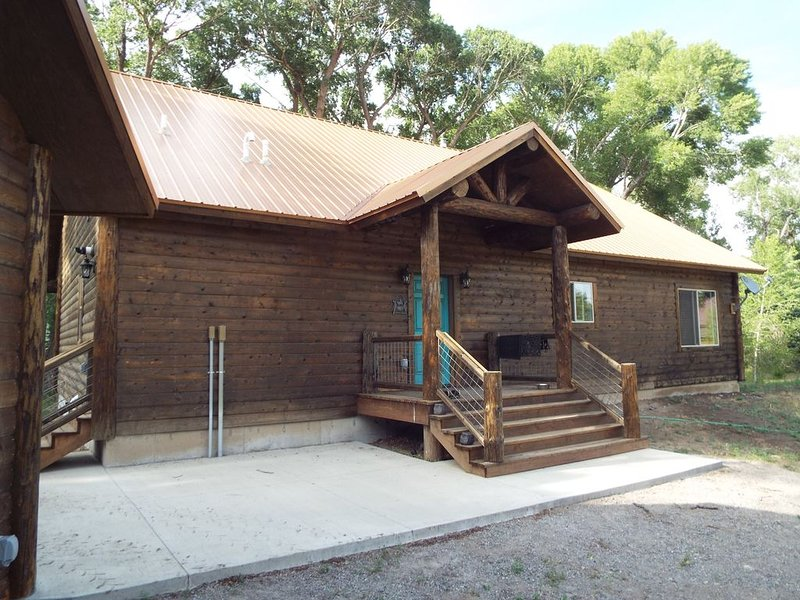 Rio Grande River Front Vacation Home! South Fork Colorado, holiday rental in South Fork