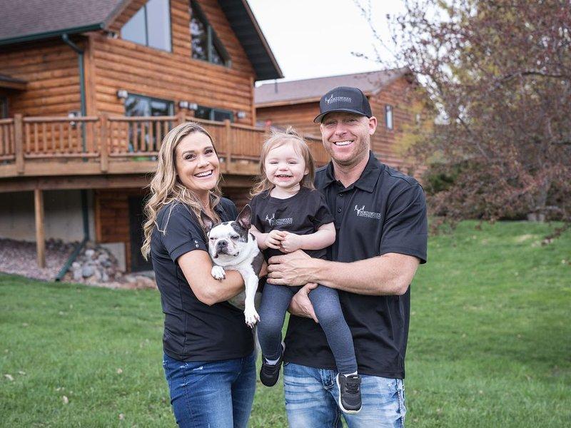 Fiers nouveaux propriétaires: Joe, Kari et notre fille Aspen.
