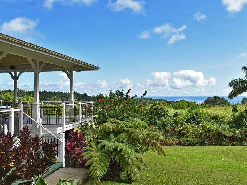 Idyllic 20-acre, ocean-view estate with streams, waterfalls, groves and gardens., vacation rental in Laupahoehoe
