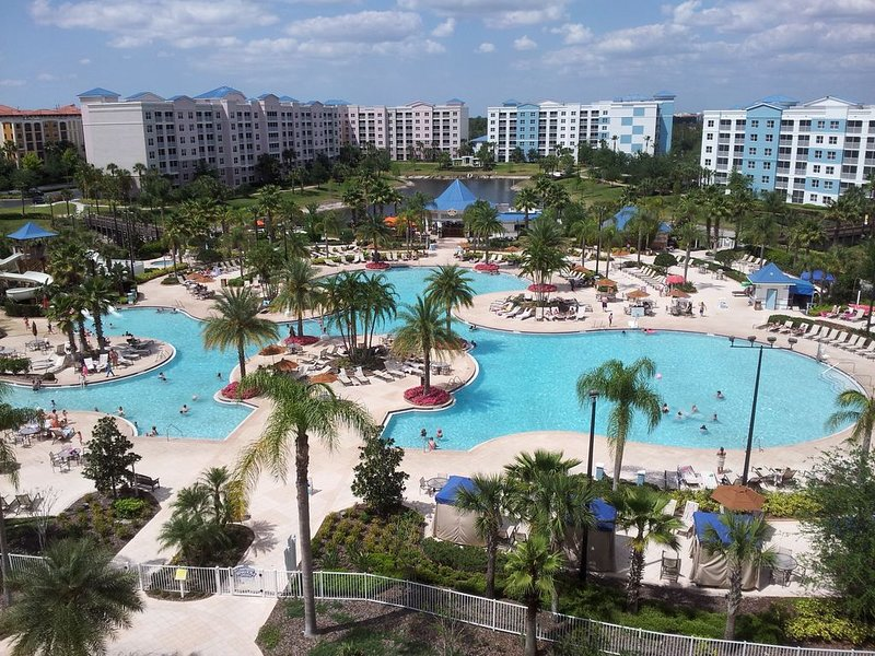 The Fountains in Orlando Florida - 2 Bedroom Condo w/ Free Wifi, holiday rental in Celebration
