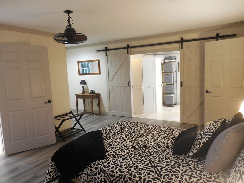 Gorgeous cottage w/pool on horse property in St. Augustine, holiday rental in Palatka