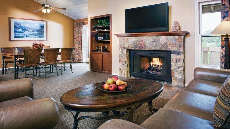 Skiing, Grand Canyon, Golf, Wyndham Flagstaff!, vacation rental in Flagstaff
