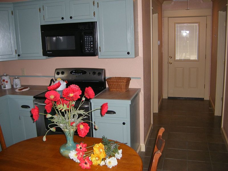 Fairhope Al: Guest House,1 Br, 1ba, Smoke-free, Pet-free, adults only,  Sleeps 2, vacation rental in Point Clear