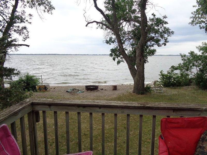 New Listing! Lake Front Cabin on Lake Kampeska, holiday rental in Watertown