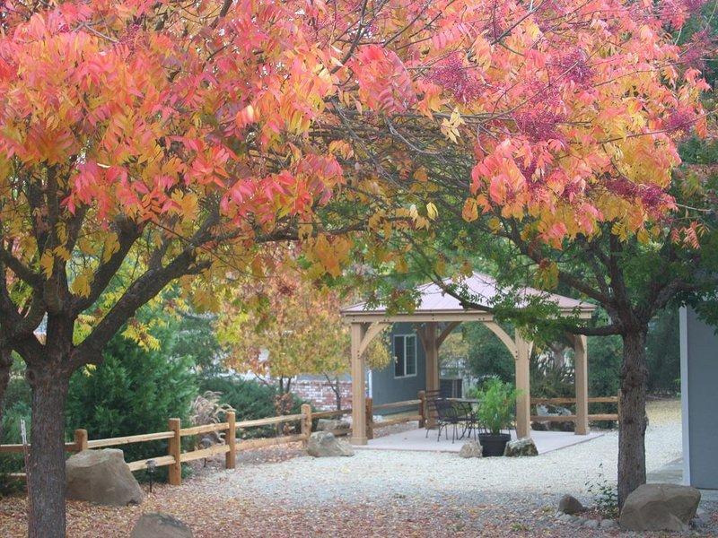 Cedar Pines - charming country getaway set among the trees, alquiler de vacaciones en Atascadero