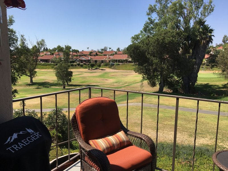Condo on the golf course, location de vacances à Rancho Bernardo