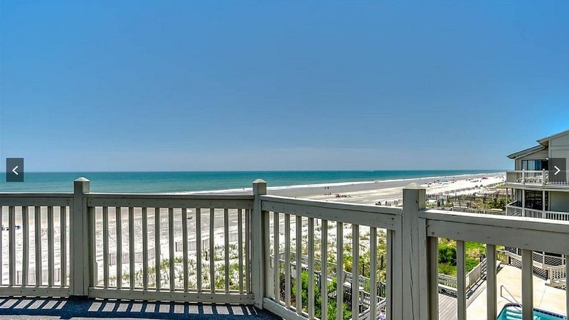 Ocean Front in Surfside Beach, location de vacances à Surfside Beach