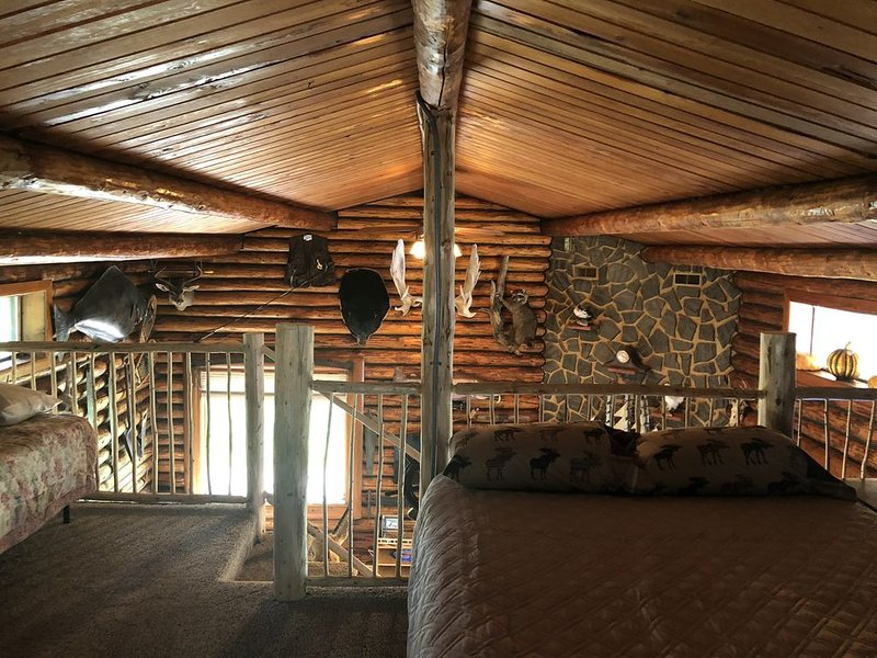 Historic Settlers Lodge In Soldotna Alaska, vacation rental in Clam Gulch