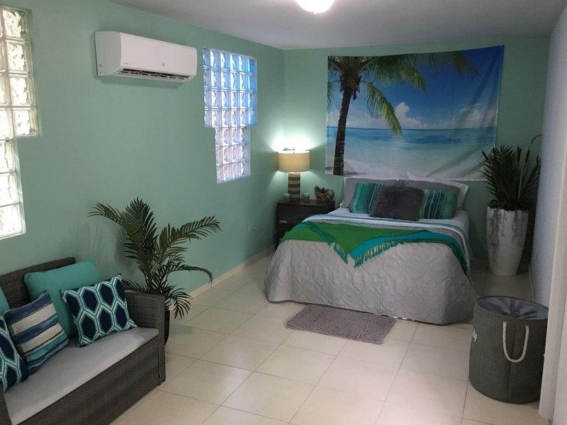 Casa Playa Ramey Studio, vacation rental in Aguadilla