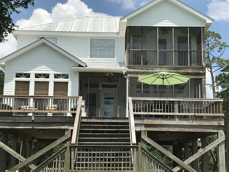 Waterfront Bay House On Mobile Bay, holiday rental in Point Clear
