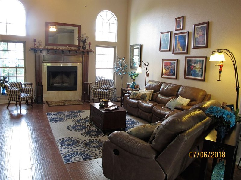 Hot Springs home on Lake Hamilton, holiday rental in Hot Springs