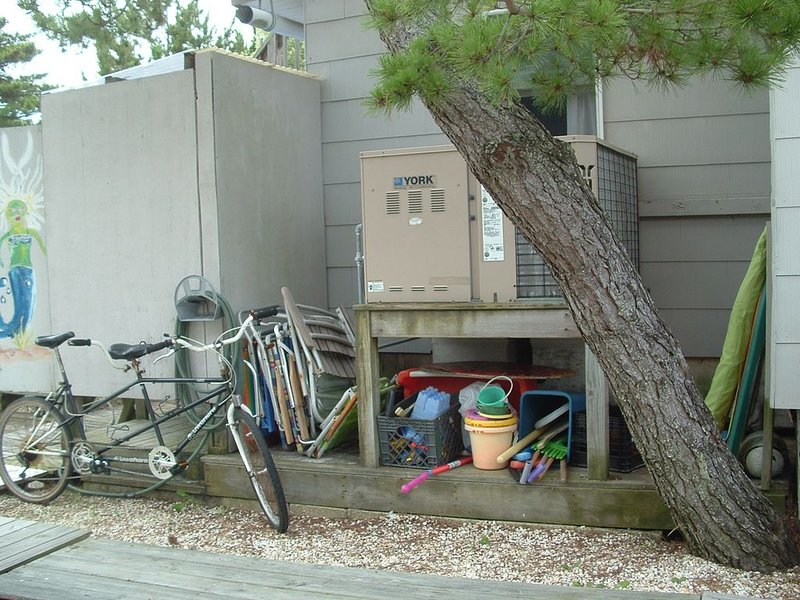 As our tenants, you may use our beach chairs, sand toys and bikes.