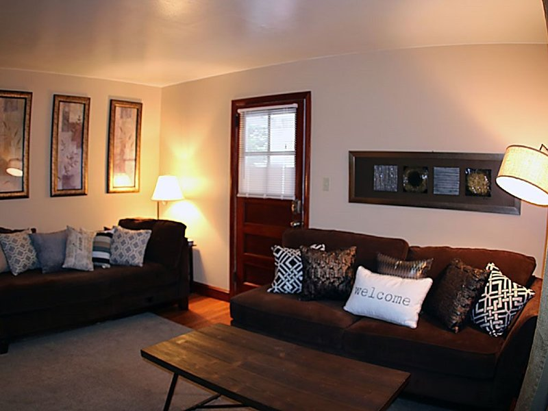 Spacious 2br Apartment in Raritan - Fully Furnished!, aluguéis de temporada em Piscataway