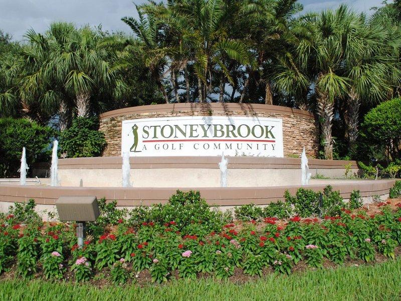 2BR/2BA 1st Floor Condo in Stoneybrook Golf & Country Club, holiday rental in Sarasota