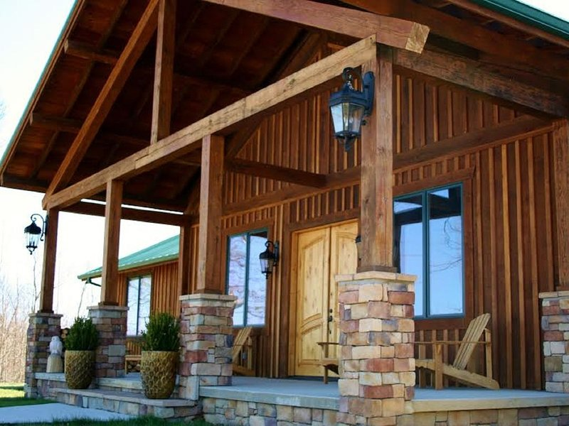 Beautiful Lodge with spectacular views in Western Kentucky, casa vacanza a Sturgis