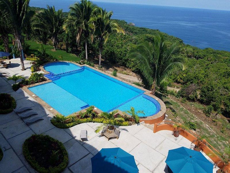 2-Bedroom Ocean View Condo 208 at Vista Encantada, aluguéis de temporada em Chacala