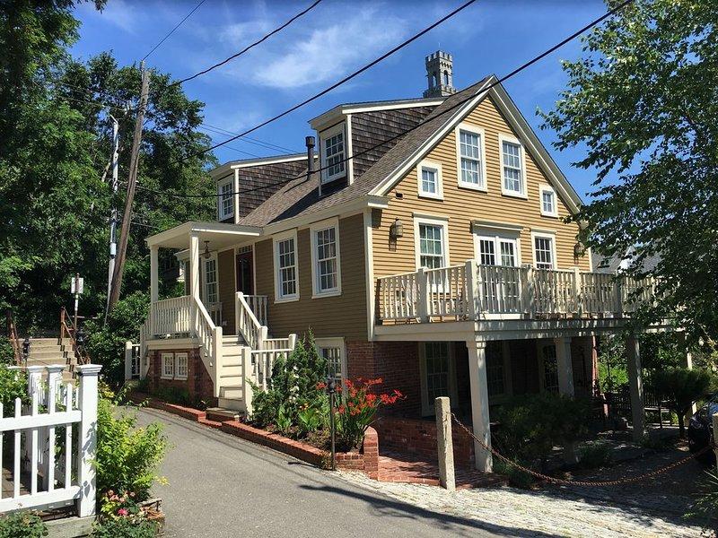 Prime Historic Property in the Heart of Provincetown, location de vacances à Provincetown