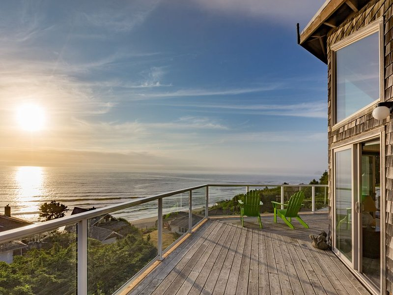 Best Ocean Views Outside Pacific City, location de vacances à Neskowin