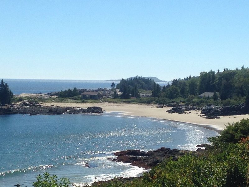 Maine Cottage on a Beautiful Sandy Beach, Indian Point, Georgetown – semesterbostad i Georgetown
