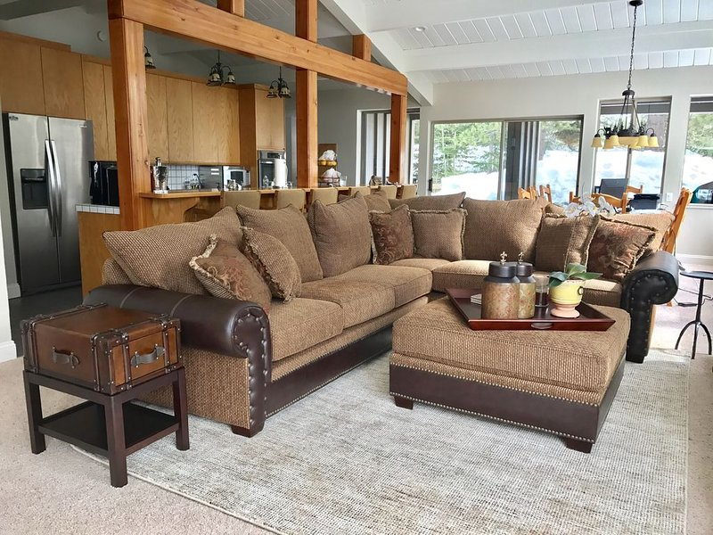 Squaw Valley Home minutes to slopes and village!, holiday rental in Squaw Valley