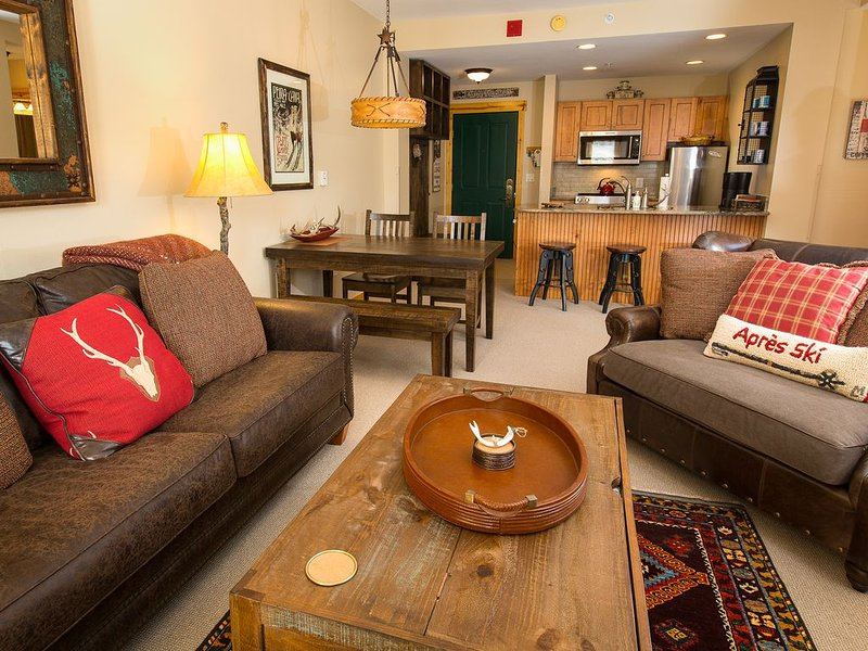 Tucker Mountain Luxurious 1-Bedroom in Center Village, next to chairlift, holiday rental in Frisco