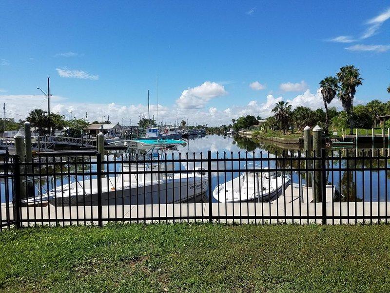 Blue Pelican Marina Waterfront House!!, holiday rental in Hernando Beach