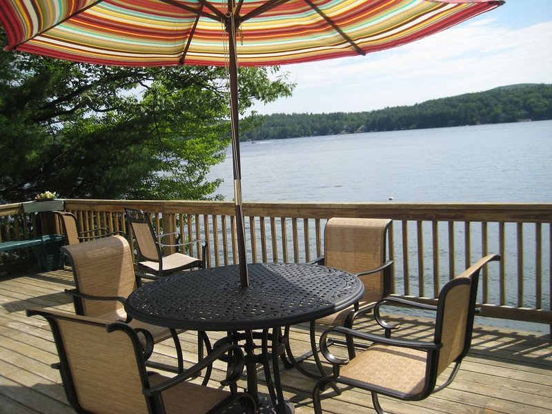 Beautiful Lakefront Home, Alton Bay, \Spectacular Views, holiday rental in Center Barnstead