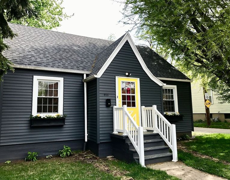 BEAUTIFUL HOME in STARVED ROCK COUNTRY, holiday rental in Peru