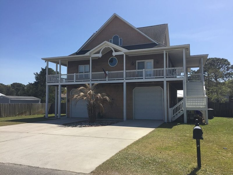 807 Fayetteville Ave Carolina Beach, NC, 28428