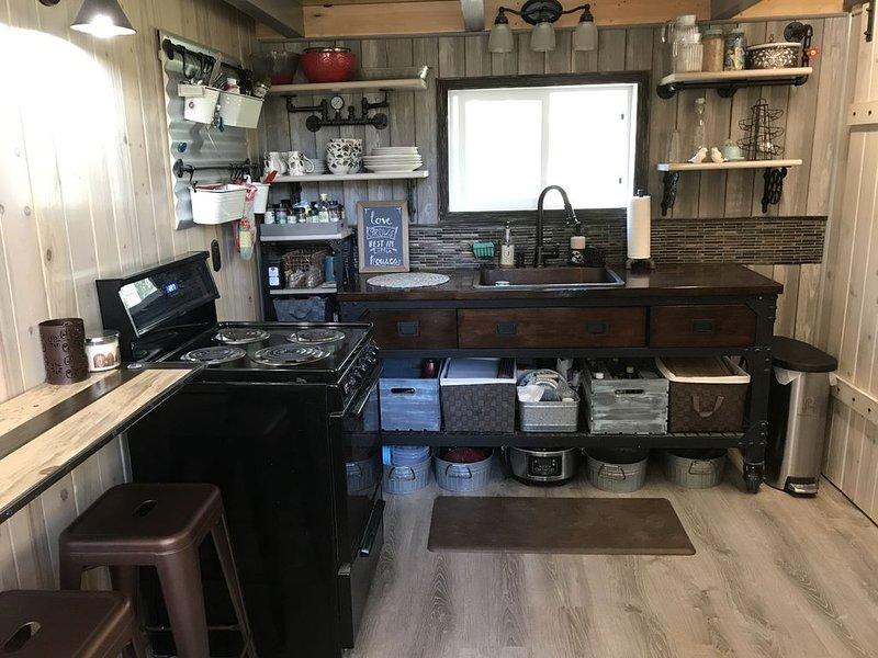 Kenai Penisula New Cabin, vacation rental in Clam Gulch