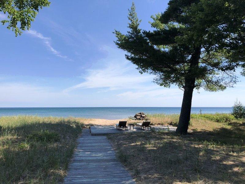 Superior Beach Estate, vacation rental in Marquette