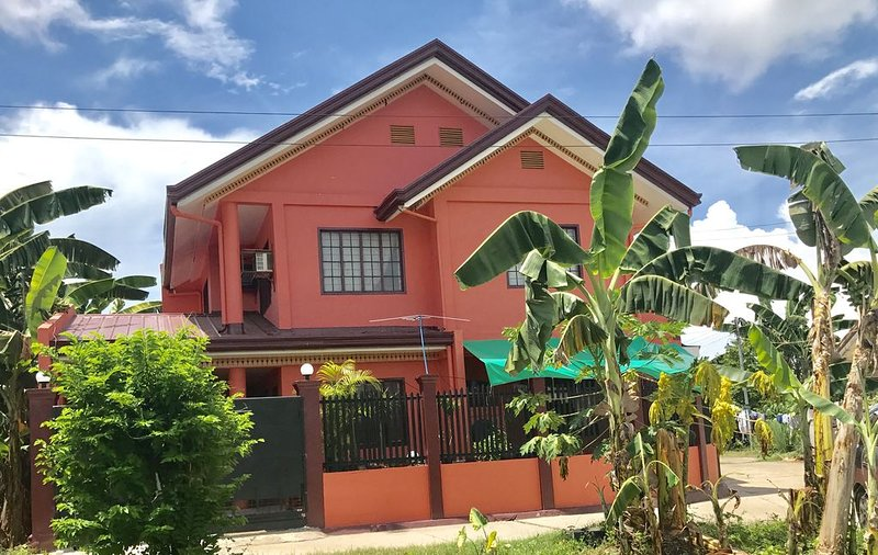 2 Rooms for Rent near Mactan Cebu Resorts., vacation rental in Lapu Lapu
