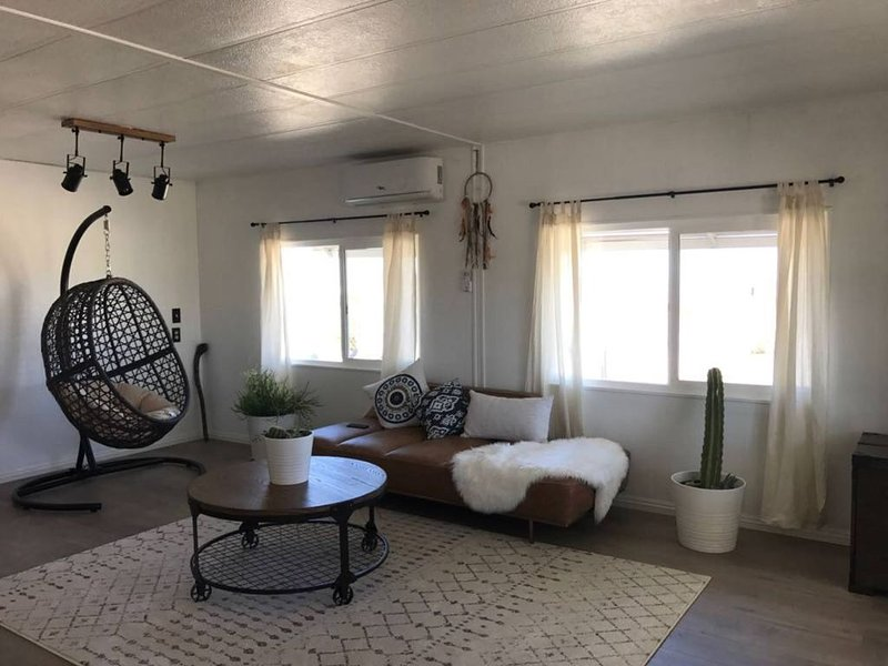 Recently renovated space sitting on 2 acres of rural land, holiday rental in Landers