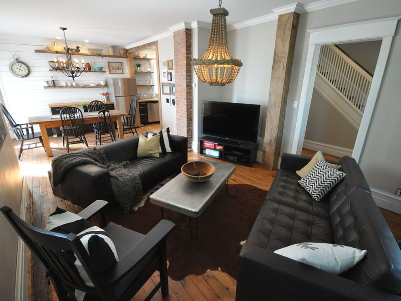 Modern Farmhouse in Niagara's Wine Country, vacation rental in Niagara Falls