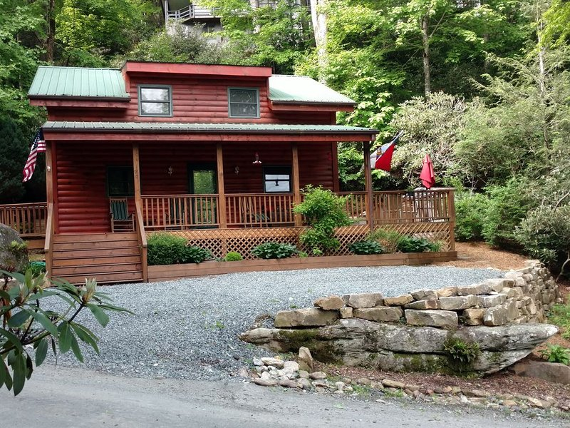 Cozy Mountain Cabin Centrally Located in the High Country, vacation rental in Banner Elk