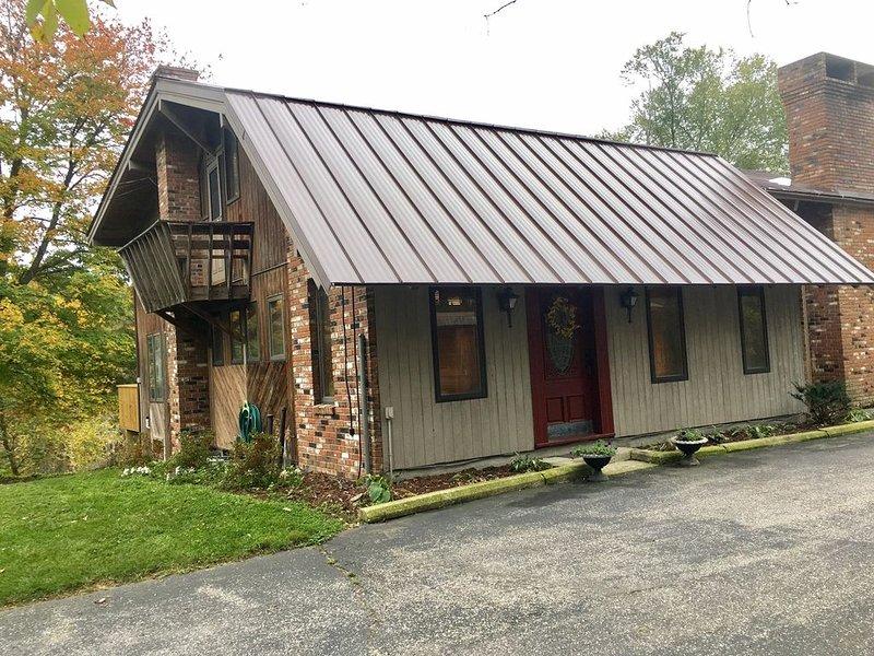 Vermont Hillside Retreat, location de vacances à Petersburg