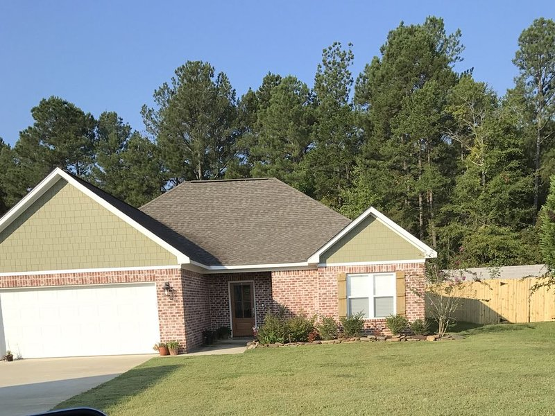 Weekend rental available for Ole Miss Football games, location de vacances à Taylor