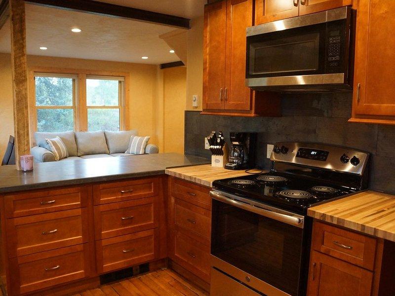 Gunnison Cottage with river access, vacation rental in Gunnison
