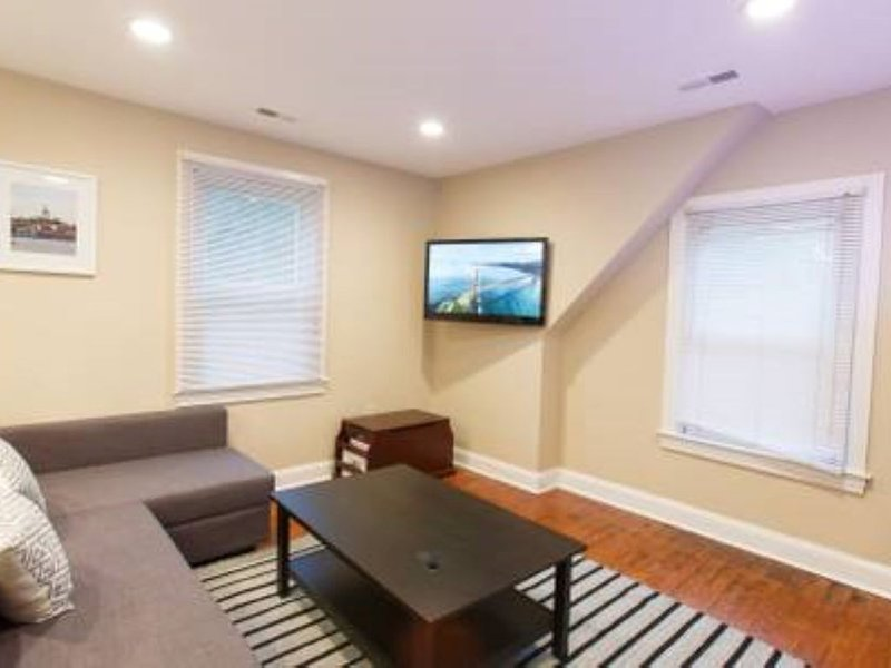 """Athens of America,"" Annapolis Apartment Two B, aluguéis de temporada em Mayo"