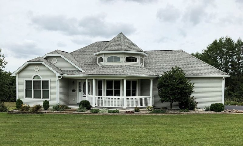 Minutes From Colgate university - Single family private residence, alquiler de vacaciones en Cazenovia