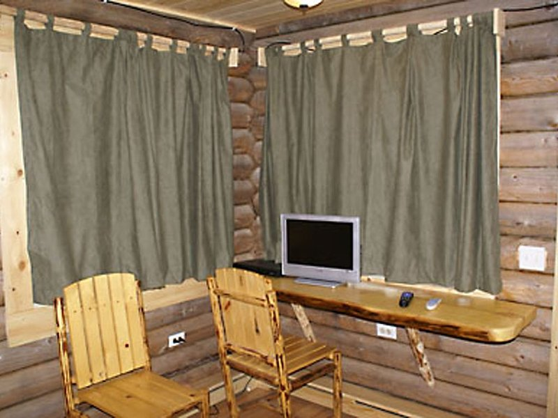 Bear essentials, Augustine room, holiday rental in Anchor Point