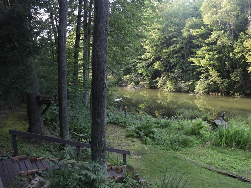 Peaceful Hideaway on Silver Lake Channel, use of kayaks included, location de vacances à Oceana County