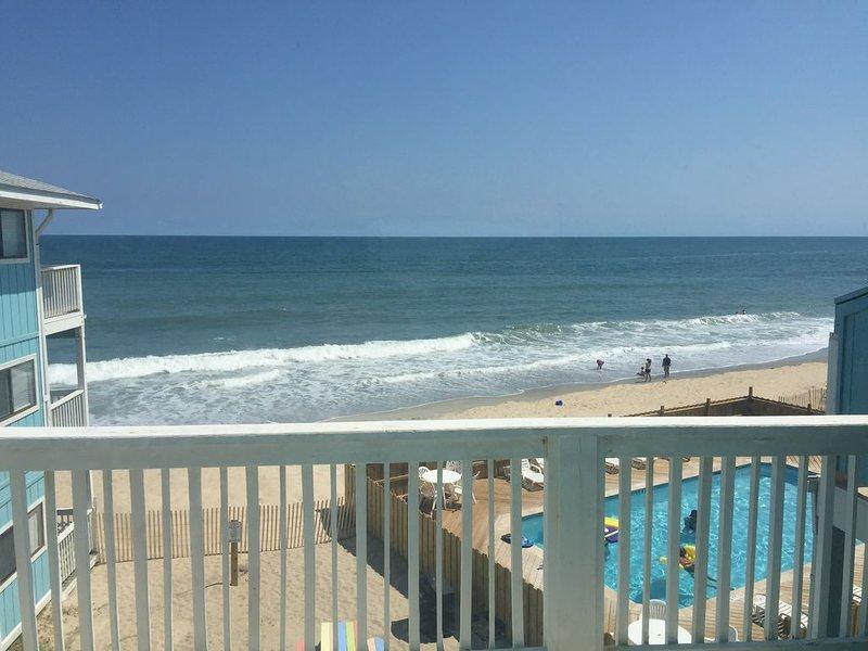 Oceanfront Third Floor Condo With Pool, vacation rental in Kure Beach
